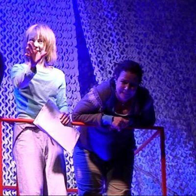 Terveiset Kutturasta -näytelmän harjoitukset Joensuun kaupunginteatterissa