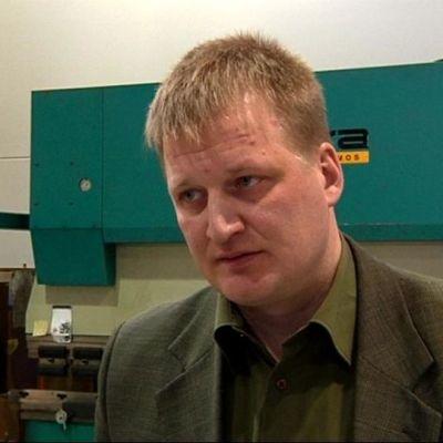 Toimitusjohtaja Aku Lampola sanoo, että alan kilpailu on kireää.
