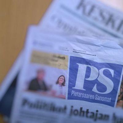 Kuvassa Pietarsaaren Sanomat ja Keski-Pohjanmaa-lehti