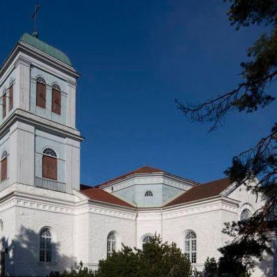 Kymin kirkko on rakennettu vuonna 1850