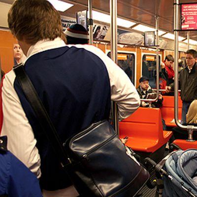 Sisäkuva Helsingin metrosta