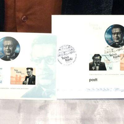 kolme postimerkkiä säveltäjä Toivo Kärjen muistoksi