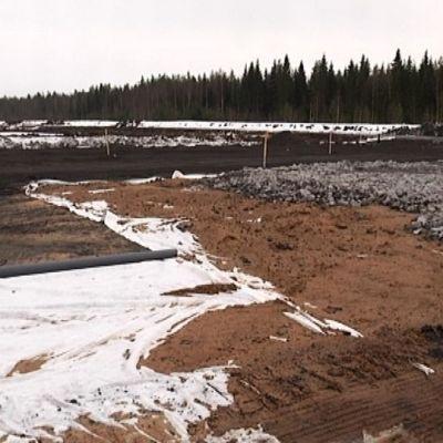 Härmän uuden raviradan maansiirtotyöt on aloitettu.