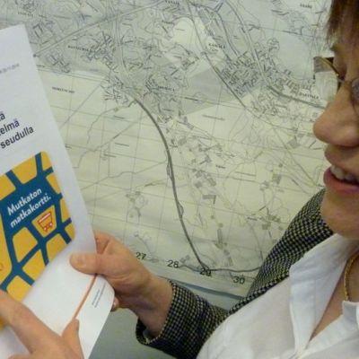 Maarit Kaartokallio tutkii matkakorttiselvitystä