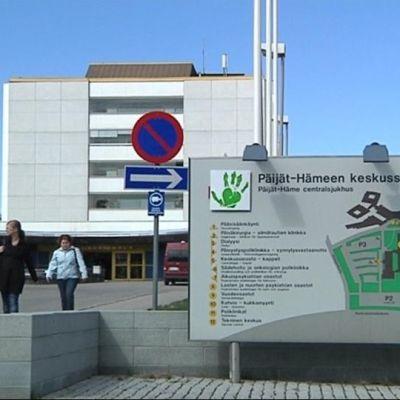 Päijät-Hämeen keskussairaala ulkoa.