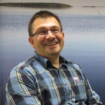 Sammon risteilyisäntä ja STAR-matkailuhankkeen projektipäällikkö Oscar van Ieperen.