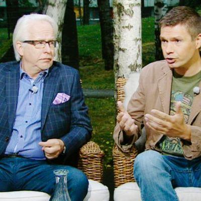 Aamu-tv:n vieraana oikeushistorian professori Jukka Kekkonen (vas.) ja Ulkopoliittisen instituutin tutkija Charly Salonius-Pasternak.