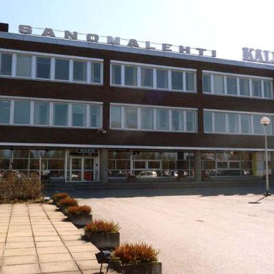 Sanomalehti Kalevan rakennus keväällä 2013