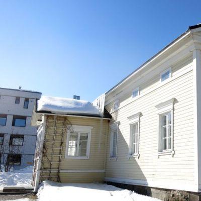 Ruokasen tila on yksi niistä kolmesta kantatilasta, joiden maille nykyinen Rovaniemen keskusta on rakennettu. Alaruokasen talo on Rovanimen vanhimpia. Se rakennettiin 1860-luvulla.