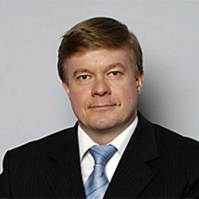 Kansanedustaja Antti Rantakangas (kesk.)