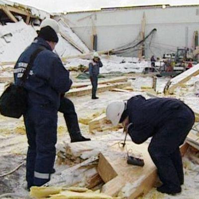Jyväskylän romahtanut messuhalli.