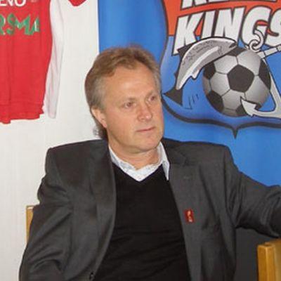 PS Kemi Kingsin päävalmentajana kaudella 2009 on Jukka Ikäläinen.