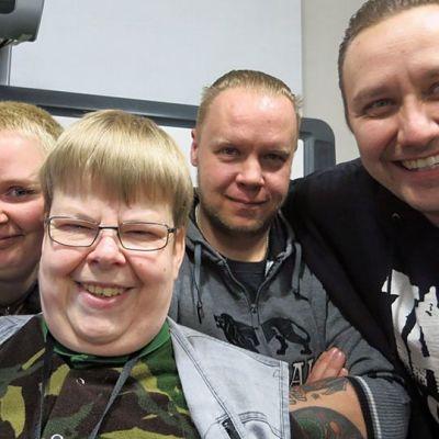 vasemmalta Maija Tuokko, Kirsi Tuokko, Kimmo Tolvanen, Matti  Syväluoto ja Tero Vartiainen