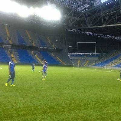 HJK harjoituksissa Astanan stadionilla
