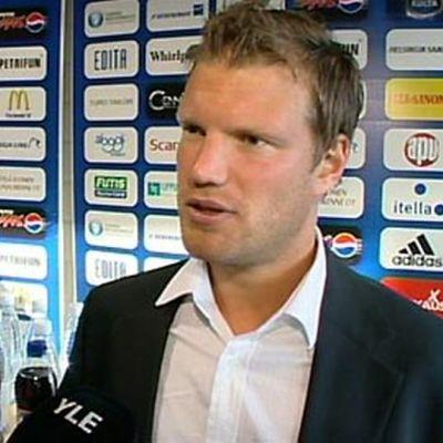 Teemu Tainio haastattelussa.