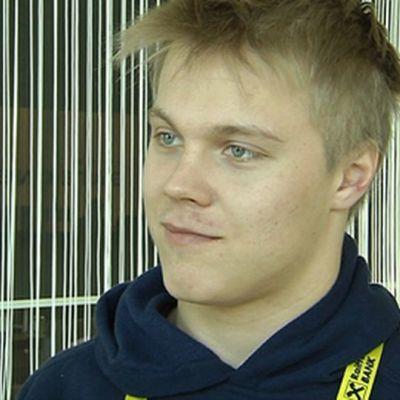 Mikael Granlund kuvassa