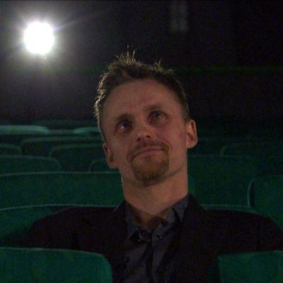 Hannu Tihinen elokuvateatterissa