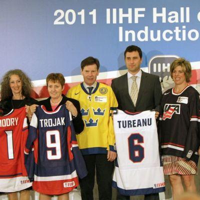 IIHF Hall Of Fameen nimetyt 2011.