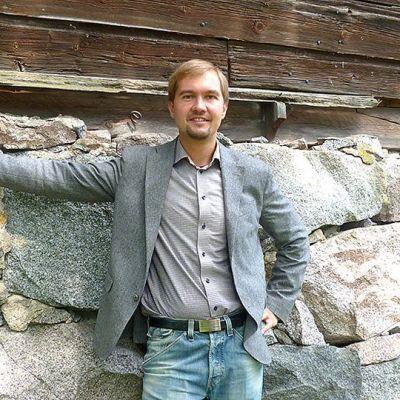 Suomen johtava puhekouluttaja Juhana Torkki.