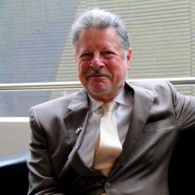 suomen yhdysvaltain suurlähettiläs charles adams