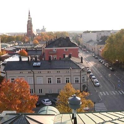 Kirkko, kaupungintalo, Pori, Kivi-Pori, raatihuoneen katolta