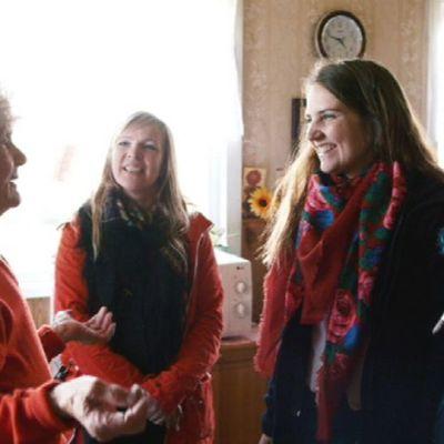 Runonlaulaja Raija Zapruskajan joiku löytyi Vuokkiniemen kylästä.