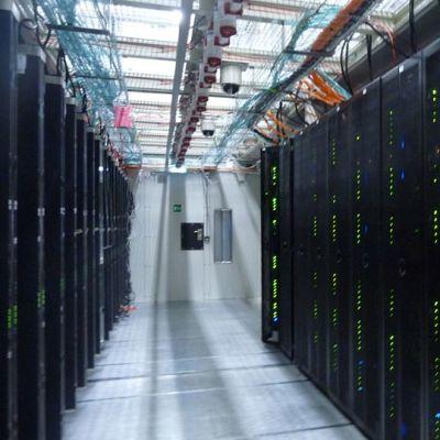 CSC Tieteen tietotekniikan keskuksen Taito-supertietokone.