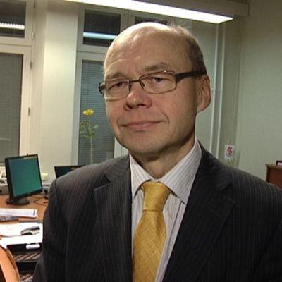 Varsinais-Suomen sairaanhoitopiirin johtaja Olli-Pekka Lehtonen.