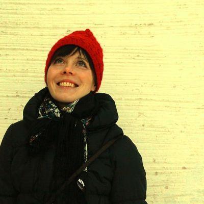 Riikka Pulkkinen kertoo vierailevansa Oulussa jatkuvasti unissaan.