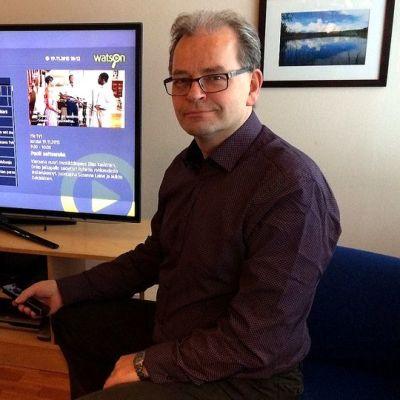 Kontiolahden kirkonkylällä asuvan Pekka Horttanaisen kotona on nyt valokuituverkko.
