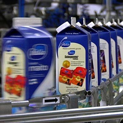 Maitopurkkeja Valio meijerillä Tampereella