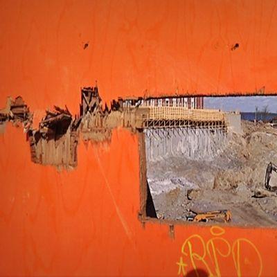 Rantaväylän tunnelin rakennustyömaa Naistenlahdella