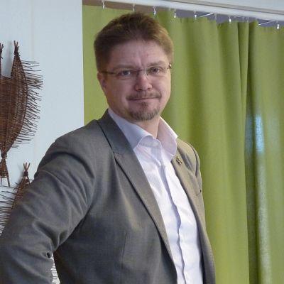 kirjailija Timo Parvela