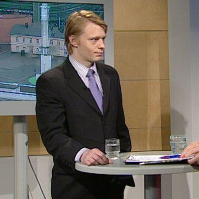 Olli Norros Aamu-tv:n vieraana.