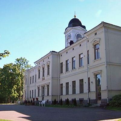 Pitkäniemen sairaala, hallintorakennus