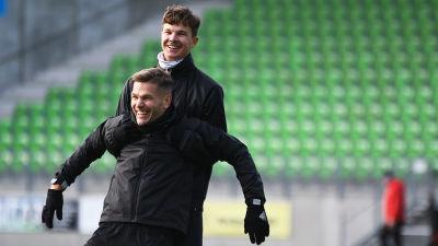 Sebastian Strandvall och Aatu Laatikainen under en VPS-träning.