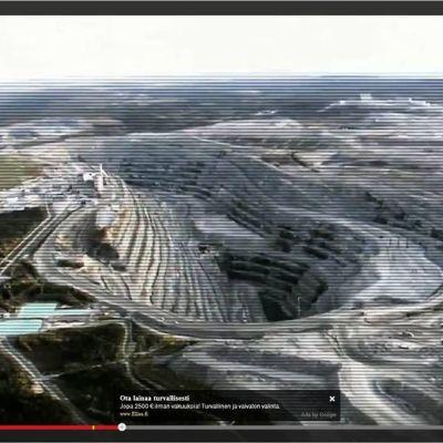 Al Jazeera dokumentta Under Northern Lights, Guovssahasaid vuolde, trailera sáhttá geahččat YouTubes.