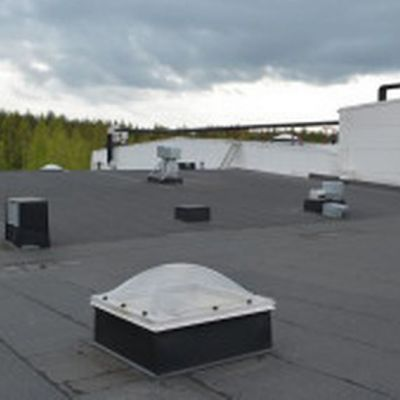 Snellmanin tehtaan katto.