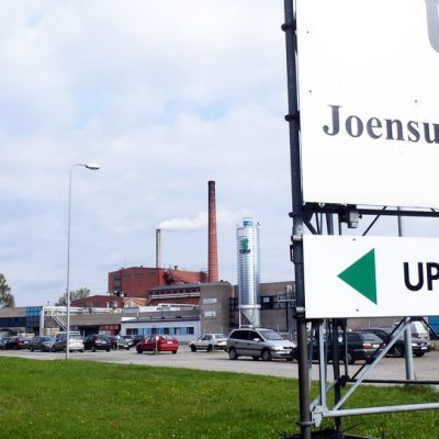 UPM:n Joensuun vaneritehdas.