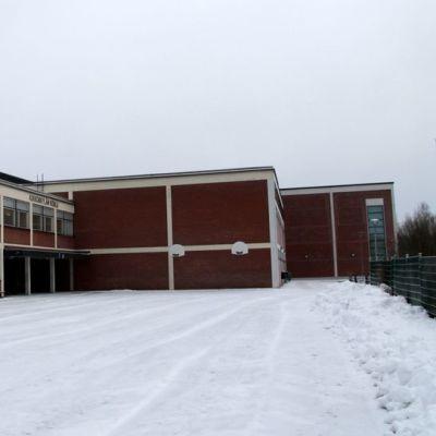 Kirkonkylän koulu Ruokolahdella