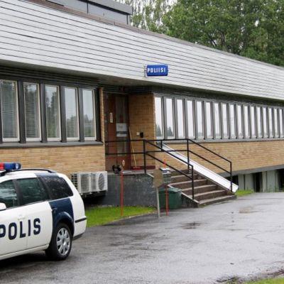 Poliisin toimipiste Lappeenrannan Mustolassa.