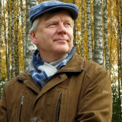 Vanhempi tutkija Martti Venäläinen Punkaharjun metsäntutkimusasemalta.