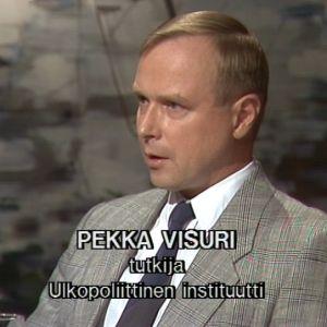 Pekka Visuri Sana sanasta -ohjelmassa 1992