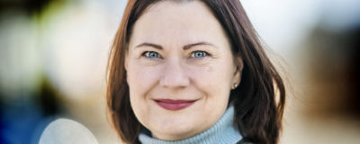 Porträttbild på Minna Arve.