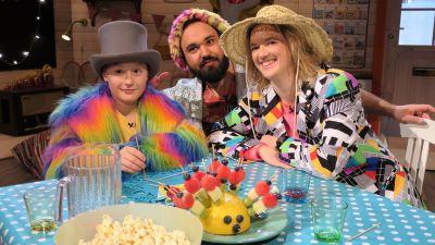 Kalas i BUU-klubben med Elliot, Lisa och Emil.