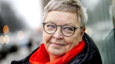 porträttbild på Fia Isaksson