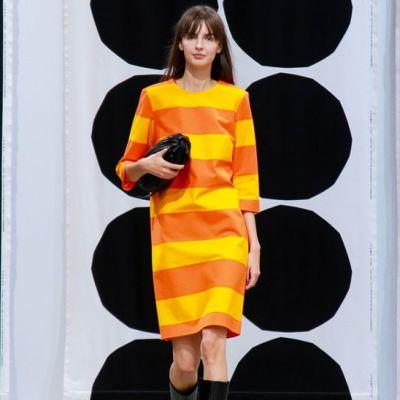 Marimekon näytös Pariisin muotiviikoilla.