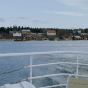 Rosalan kyl mereltä kuvattuna