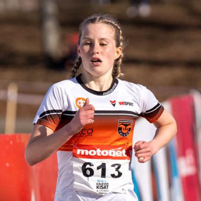Nathalie Blomqvist i terräng-FM.