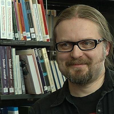 Kirjailija Marko Hautala.